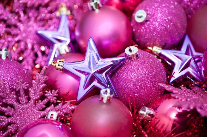 Pink Christmas Decoration Idea