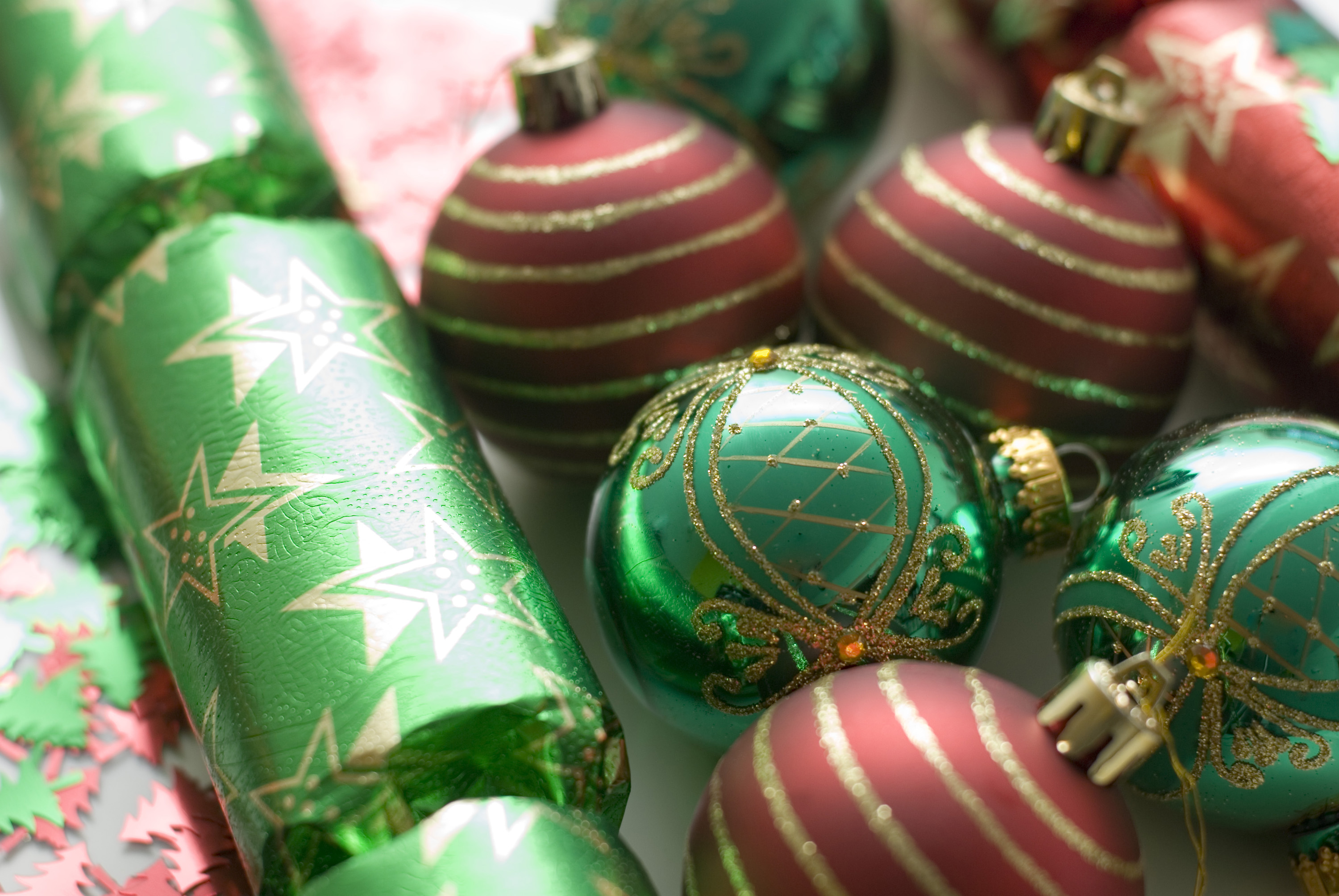 christmas crackers and baubles