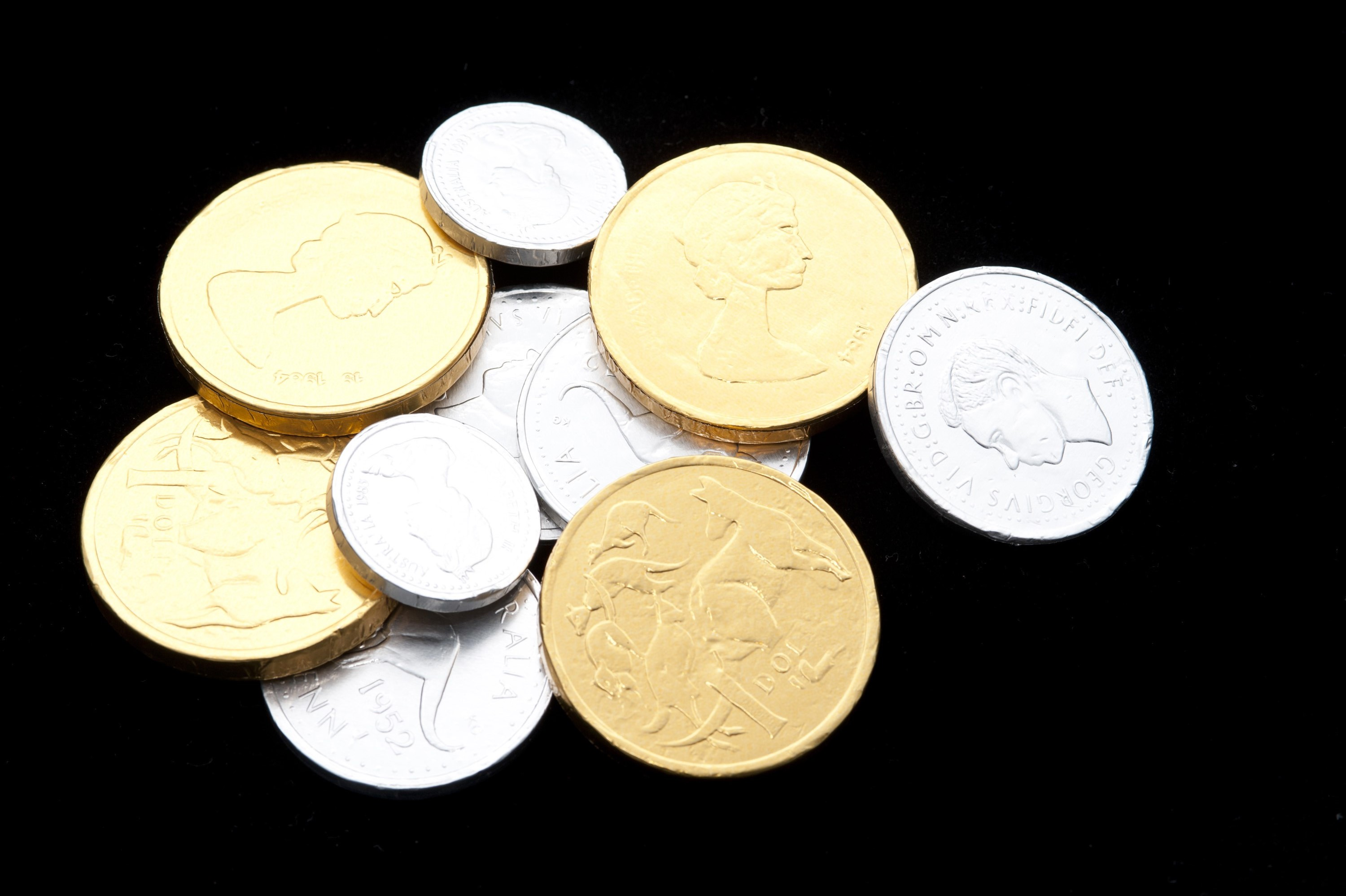 gold coins black background - photo #35