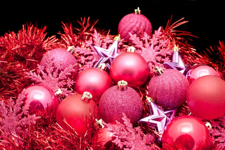 Photo of red christmas decorations | Free christmas images
